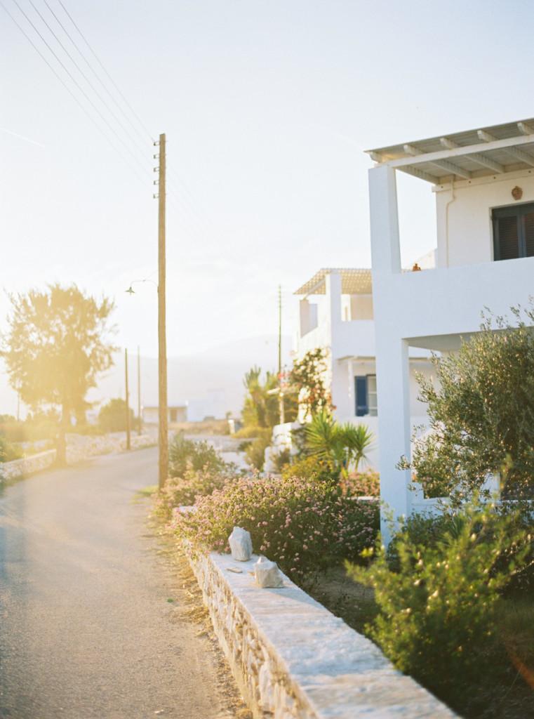 131_0003_lifestories-Wedding-Photography-Wedding-Paros-Greece-charlene-et-gabriel-151017_Wedding Greece-12