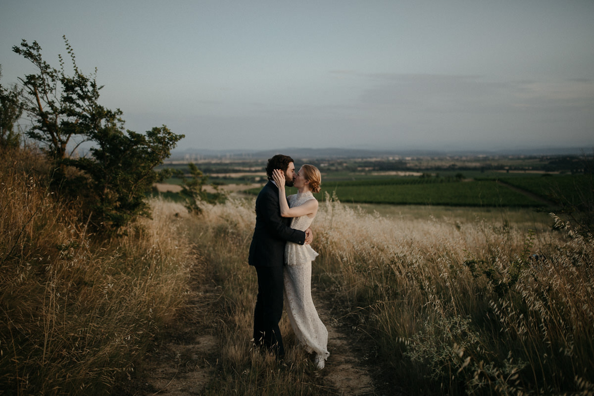 newly maarried couple in the south of France