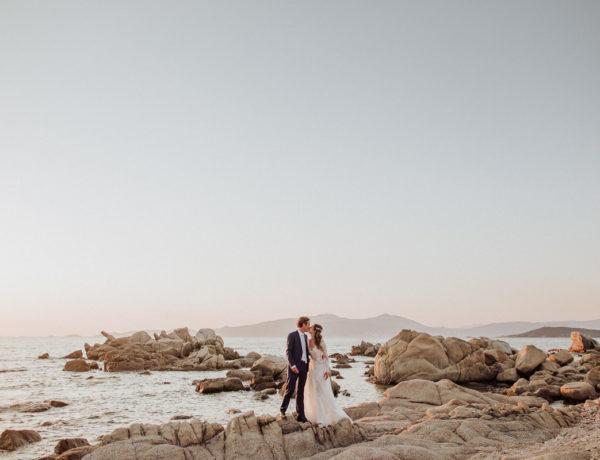 couple sur la plage en Corse mariage